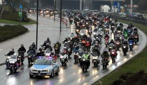 Głośna parada motocyklistów przejechała przez stolicę