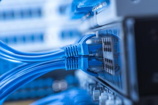 Globalny ranking prędkości internetu. Polska zaliczyła awans, ale do podium mamy daleko