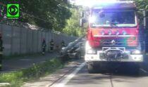 Auto ścięło latarnię w Rembertowie