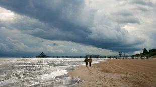 Deszcze i burze na nadbałtyckich plażach. To samo na Mazurach